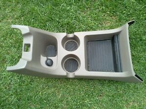 2002 2005 Ford Explorer Mountaineer Center Console Cupholder Tan Oem