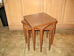 Vintage Mid Century Modern 3 Pc Stacking Nesting Tables Laminate Wood Tops Vgc