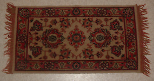 Antique Carpet Rug Runner 18 X 34 Wool Clean W No Issues
