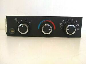 Gm Oem A c Heater Climate Control Panel With Heated Mirror 22738891