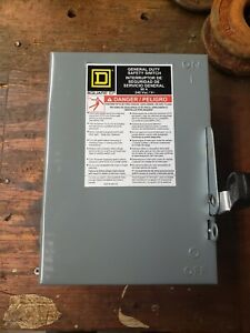 Square D 60 Amp 240 Vac 3 Pole Disconnect Safety Switch Du322
