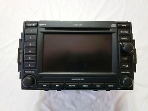 2005 2006 Grand Cherokee Commander Display Radio Cd Dvd Receiver W Nav Id Rec