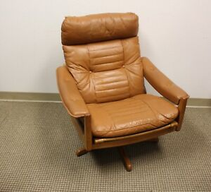 Mid Century Teak Reclining Leather Lounge Chair By Lied Mobler With Ottoman
