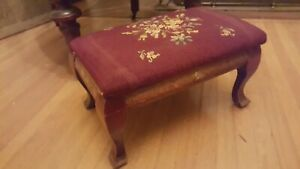 Antique Vtg Floral Needlepoint Carved Solid Wood Foot Stool Ottoman Red