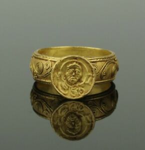 Stunning Ancient Byzantine Gold Ring Circa 9th Century Ad