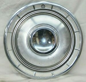 1960 Chrysler Hubcap New Yorker Fifth Ave Saratoga Windsor 14 Wheel Cover
