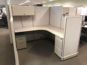 Nice Herman Miller Ao2 6 x6 Office Cubicles Workstations