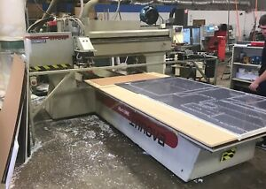 Komo Mach I Cnc Routerl woodworking