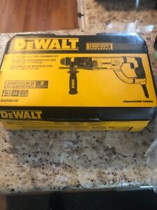 Dewalt D25263k 1 1 8 D handle Sds Rotary Hammer New And Has Never Been Used