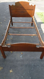 Antique Solid Wood 3 4 Twin Size Bed With Slats