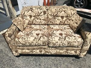 1970 S Vintage Tropical Bali Print Couch Love Seat Rattan Bamboo