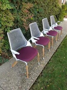 Set Of 4 Herman Miller Sayl Side Chairs New Pick Up Only Retail Over 1 600