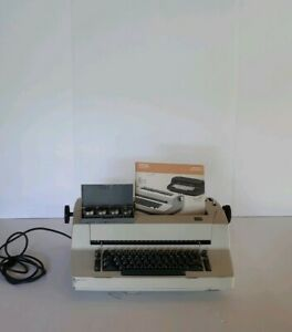 Electric Ibm Correcting Selectric Ii Typewriter With Manual And Font Balls