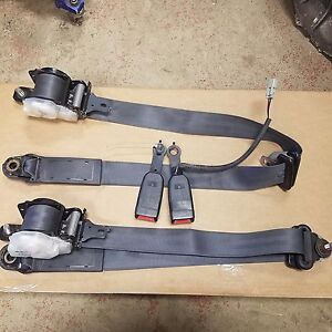 94 01 Acura Integra 2 Dr Oem Front Seat Belts W Buckles Receivers Latches Black
