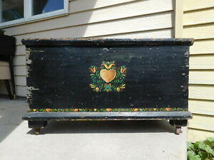 Rolling Antique 1880s Pa Wood Dovetailed Hand Painted Chest Trunk Petite 34 W