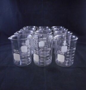 Pyrex Glass 400ml Standard Duty Low Form Dual Scale Griffin Beaker 12 case
