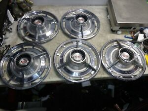 Vintage Set Of 5 1960 S Chevy Ss Hubcaps 14 Inch