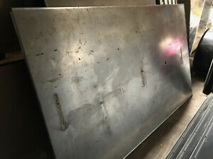 5 x102 Stainless Steel Countertop Laboratory Casework