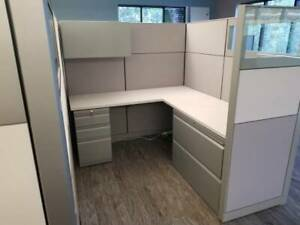 Nice Knoll 6 x8 8 x8 Office Cubicles Workstations Glass