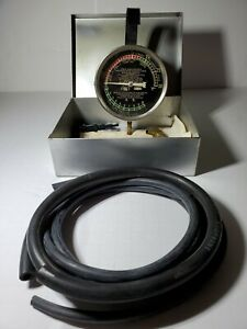 Vintage Hygrade Vacuum Fuel Pressure Gauge With Case Made In Usa Free Shipping
