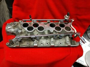 Ford Explorer Gt 40 5 0l Lower No Egr Intake Manifold W Returnless Fuel Rail