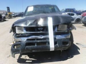 Carrier Front Axle 6 Cylinder Xe 265 70r15 Tires Fits 99 00 Frontier 14358022