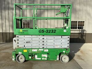2010 Genie Gs 3232 Electric Scissor Lift Up 32 Ft Skyjack Genie Iowa