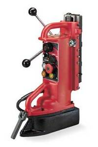 Milwaukee 4203 Electromagnetic Drill Press Base Adjustable Position 12 5 amp