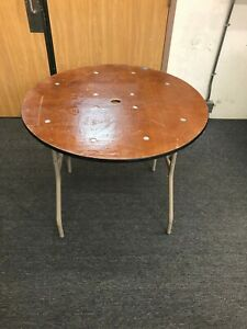 Folding Tables 36 Round