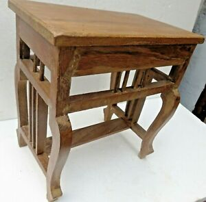 Antique Wooden Table Small Occasional Coffee Display Stand English Cut Leg
