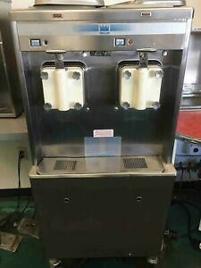 Taylor Soft Serve Ice Cream Machine Model No 772 33 Excellent Condition