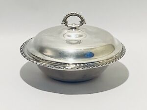 Stunning Wm Rogers Silver Plated Serving Dish Casserole Covered Footed