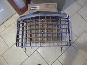 1977 1978 Ford Thunderbird Grill Assembly W Outer Trim D7sb 8419 a