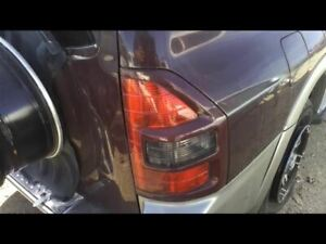 Passenger Right Tail Light Color keyed Moulding Fits 02 Montero 15401105