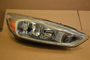 Ford Focus Oem Right Headlight 2015 2016 2017 2018 Excellent Free Shipping