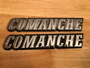 Pair Of 1986 Only Jeep Comanche Mj Fender Emblems Used Oem Original