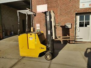 Yale Esc030 Electric Industrial Forklift Lift Truck With Charger New York