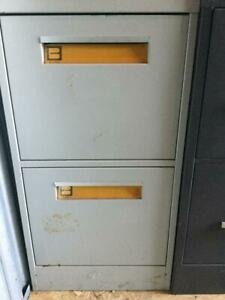 Benson 2 Drawer Vertical Letter Size File Cabinet Putty beige Preowned