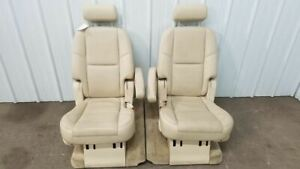 2008 Cadillac Escalade 2nd Row Tan Leather Captain Seats Heated Nice Oem
