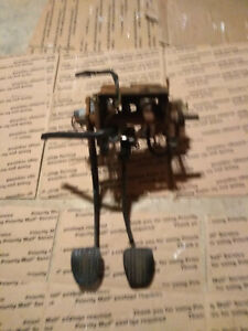94 95 Ford Mustang Brake Clutch Pedal Sn95 Assembly Manual Transmission 5 speed