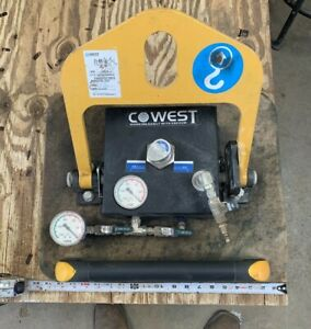 lightly Used Cowest Pneumatic Vacuum Lift 15 75in X 19 75in