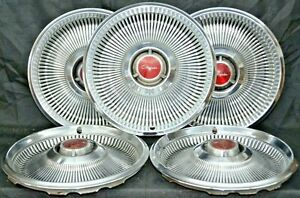 1968 Chrysler Newport New Yorker Hubcaps 14 Set Of 5 Oem Wheel Covers