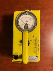 Victoreen Cdv 715 Radiation Detector Survey Meter Model 1a