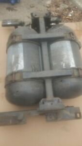 Chevrolet Express 2500 Cng Tanks And Regulators And Mounting Cradle Twin Tanks