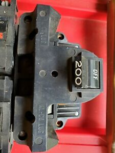 Federal Pacific Fpe Stab Lok Circuit Breakers And Panel Interior With 200amp Mb