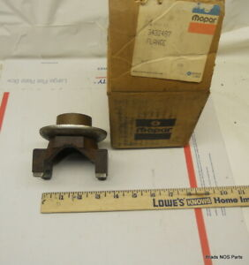 Nos Mopar 1970 1971 Plymouth Gtx Dodge R T 8 3 4 Axle Yoke With Big U Joints 440