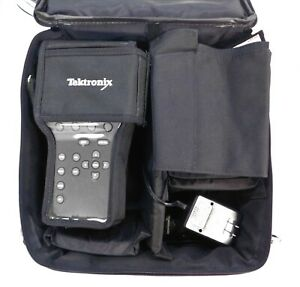 Tektronix Wfm90d Handheld Scope Waveform Monitor With Accessories