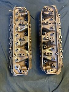 1967 H P Mopar Cylinder Heads Closed Chamber 383 440 Dodge Plymouth