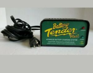 Deltran 12 Volt Battery Tender Plus Battery Charger 1 25 Amps Dlt021 0128 12 V
