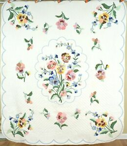Gorgeous Vintage Pansy Applique Antique Quilted Nice Hand Embroidered Accents